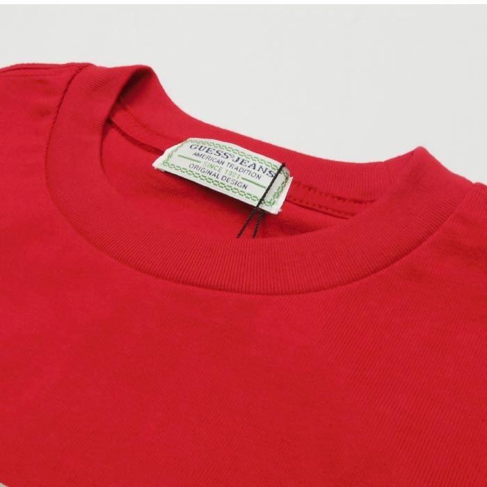GUESS TRIANGLE LOGO T-SHIRT (RED)